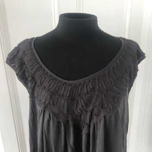 Pretty & versatile top from Anthropologie size lg